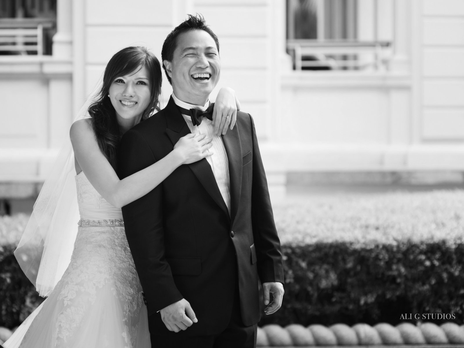 6 reasons why black and white photos make your wedding album pop