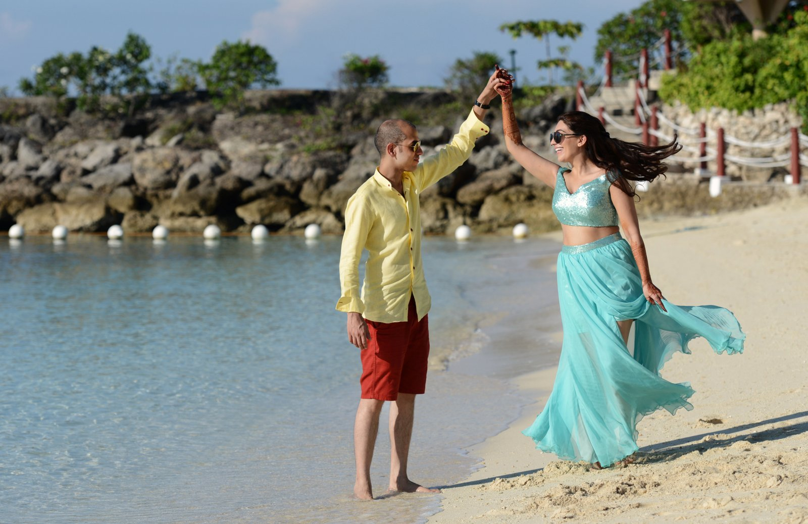 Couple dancing on the beach in Cebu, Philippines