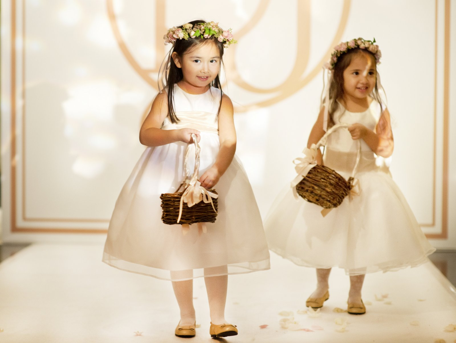 Cute Hong Kong wedding flower girls